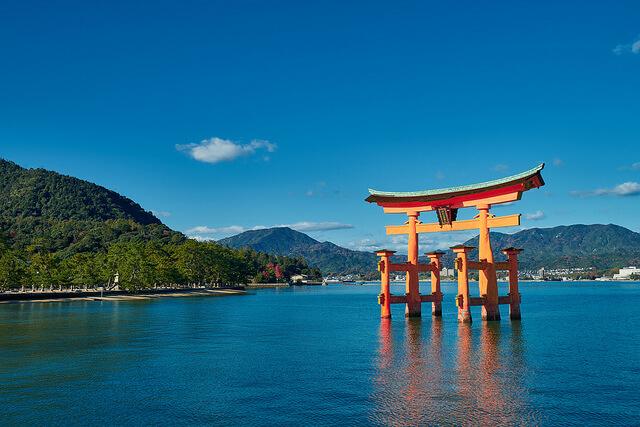 宗像三女神 厳島神社