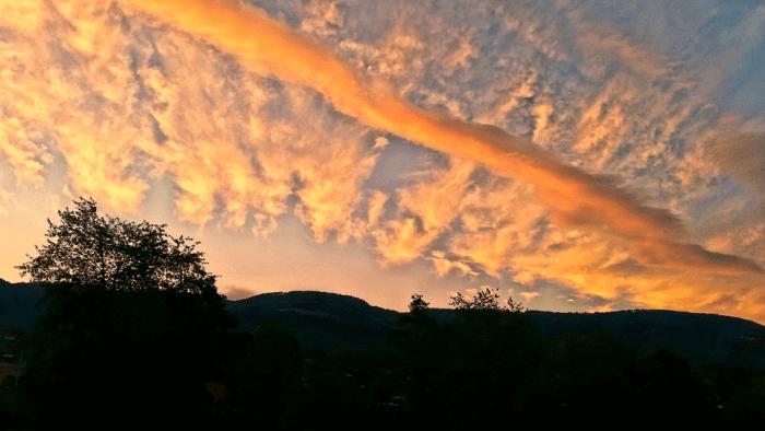龍雲 写真 地震雲